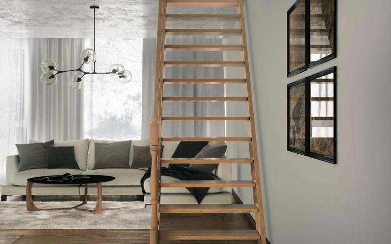 Прямая тяжеловесная лестница «Элит» с резным поручнем (вид спереди)